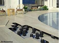 bildergebnis f 252 r terrassenplatten auf stelzlager verlegen