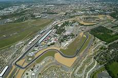 cing circuit du mans le mans circuit sarthe favorite race tracks le mans and race tracks