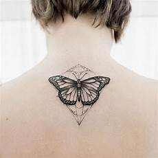 tatouage dans le cou femme 1001 ideas for beautiful and unique small tattoos for