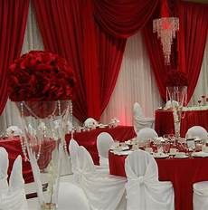 oh my never been a fan of red and white weddings but this one looks nice wedding ideas