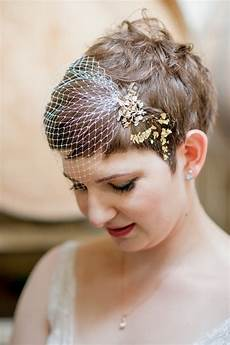 how to diy a gold leafed hair style a practical