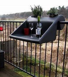 table pour petit balcon table d appoint balkonzept pour balcon