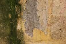 fassade loch ausbessern loch in der fassade ausbessern 187 so geht s