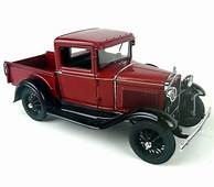 Danbury Mint 1931 Red Ford Model A Pickup Truck Die Cast