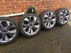 225 40 r18 allwetter renault genuine 18 inch alloy wheels with tyres continental 225 40 r18 in southton