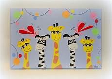 tableau pour chambre d enfant girafes et z 232 bres les
