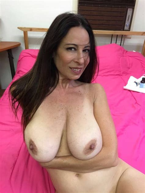 Horny Home Wife