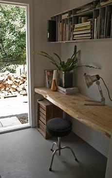meuble bois brut design les meubles en bois brut sont une touche nature pour