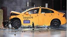 volvo s safety goal no deaths by 2020 review car 2020