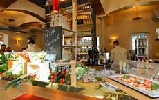 alex münchen rotkreuzplatz münchen gastronomie m 252 nchen erh 228 lt ein zweites alex