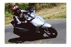 piaggio beverly 350 sport touring test motorrad tests