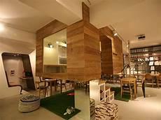 Cafe Di Korea Selatan Sajikan Interior Ruang Belajar