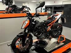 mcn fleet how much does a 125 duke 1st service cost