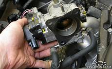 small engine repair training 2008 toyota camry solara on board diagnostic system how to remove intake manifold 2003 toyota prius how to remove intake manifold 2003 toyota