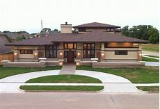 awesome frank lloyd wright inspired homes 23 pictures house plans 52615