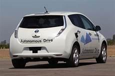 nissan autonomous car 2020 nissan to launch autonomous vehicles by 2020