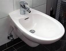 wc und bidet bidet