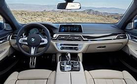 BMW 2020 7 Series Coupe Interior Features