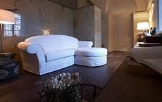 divano ottomano divani e salotti classici imbottiti doimo piombini