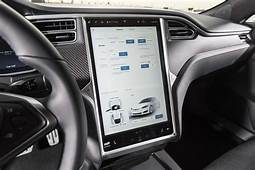 Tesla Drivers Can Now Draw On The Center Touchscreen