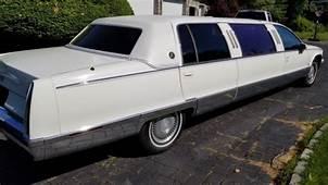 1994 Cadillac Fleetwood Limo 6 Rear Passenger Low Miles RI