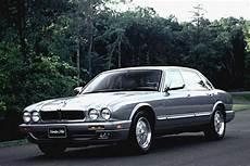 jaguar xj6 dimensions curbside classic 1986 94 jaguar xj6 xj40 is a