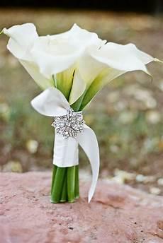 24 wedding bouquet ideas inspiration peonies dahlias lilies summer wedding bouquets