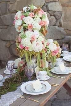 hochzeit blumendeko vintage hochzeit tischdeko ideen blumenkugel wei 223 rosa gr 252 n