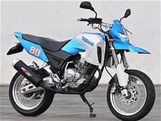 Modifikasi Motor Scorpio Model Harley by Modifikasi Yamaha Scorpio Hypermotard 2011 Motorcycle Motors