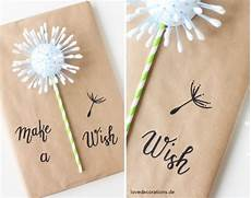 Originelle Geschenkverpackung Basteln - step up your when decorating with wrapping paper