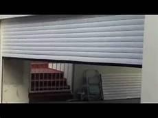 porte garage motorisée porte de garage enroulable blanche isol 233 s motoris 233 e pos 233 e