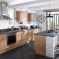 cuisine chene clair cuisine bois beige sol ardoise recherche meuble