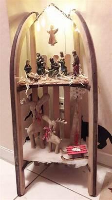 schlitten dekoriert deko weihnachten schlitten basteln