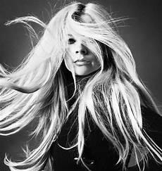 Avril Lavigne 2018 - avril lavigne quot above water quot album photoshoot 2018