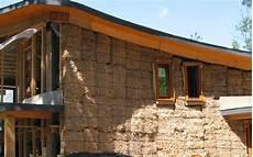 construction de maison en construire une maison en paille sur ossature bois dossier