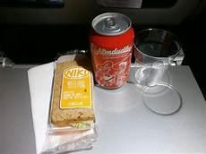 niki air essen bordverpflegung niki luftfahrt essen abendessen wien nach