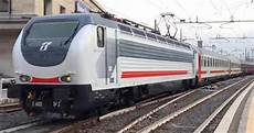 carrozza ferroviaria i nuovi intercity trenitalia sun e notte con le nuove