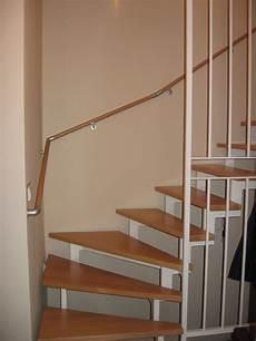 handlauf treppe holz