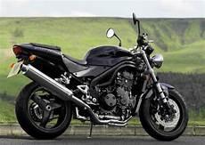 triumph speed 955i triumph 955i speed 2001 galerie moto motoplanete