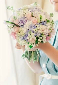 picture of a pastel wedding bouquet in lilac blush and