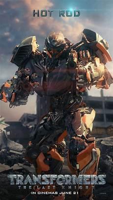 robots take spotlight in new transformers the last
