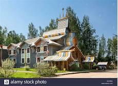 Russland Traditionelles Haus In Mandrogy Dorf Stockfoto