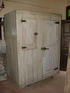 mobili in legno vecchio vecchio frigo ghiacciaia in legno epoca 900 antiquariato