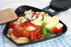 congeler fromage raclette raclette fondue revisitez les classiques darty vous