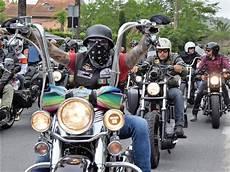 Concentration Motards Bikers Harley Davidson Indian Cafe