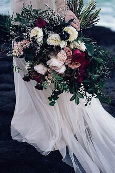 15 stunning winter wedding bouquets the magazine