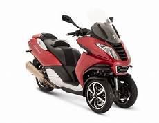 scooter 50 cm3 125 cm3 200 cm3 3 ruote peugeot