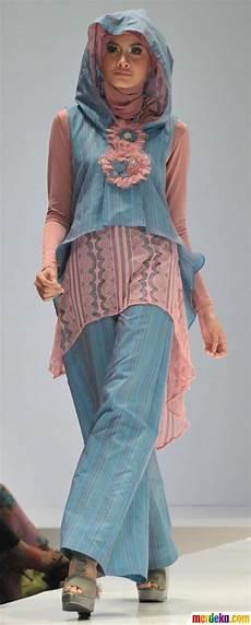 Foto Fashion Show Busana Muslim Merdeka