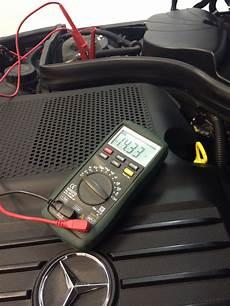hauptbatterie motorraum start stop batterie separat