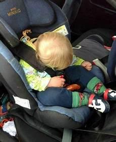 kindersitz nach babyschale babyschale im fahrradanh 228 nger befestigen fahrrad bilder